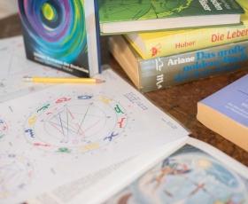 professionellen-Astrologen_1